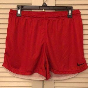 NWOT Women's Nike Digital 18 Equalizer shorts!